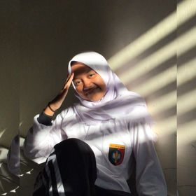Auliyana Safira Ilma Nur Azizi
