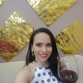 Adriana Rabelo
