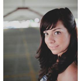 Shannon Doronio | Graphic Designer