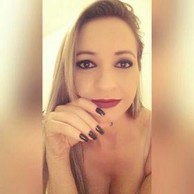 Daniella Melo