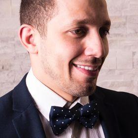 Alex Modares