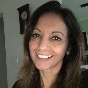 Elizabeth Clemente Souza