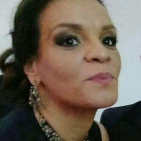 Helen Angela Soares