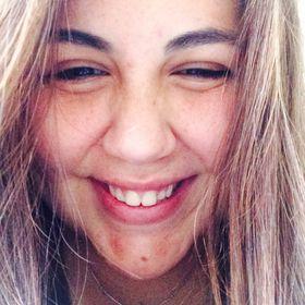 Karina De La Vega