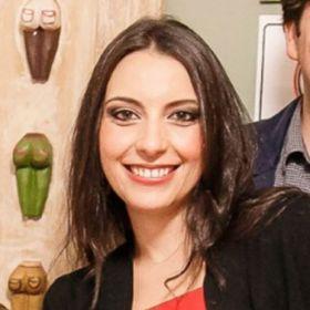 Carolina R. Campos