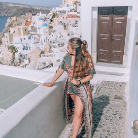 The Flyaway Girl (Travel Blog)