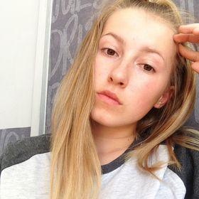 Nicolett Stanovská