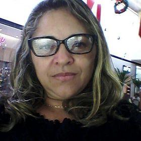 Cléia Camilo