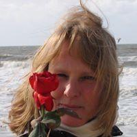 Monique Den Braven