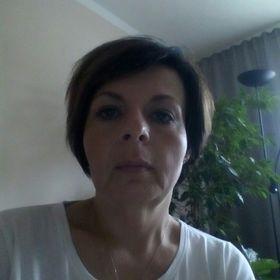 Věra Huvarová