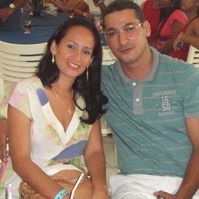 Nivia Santos