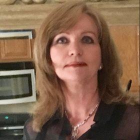 Gail Squires  DRE# 01893270  Compass