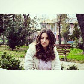 Sara Akach