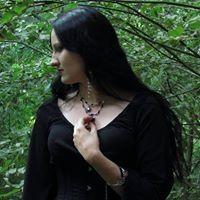 Caroline Aveira