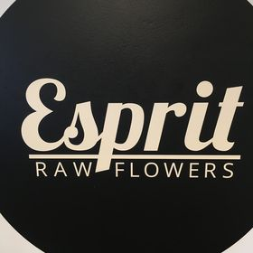 Esprit Raw Flowers