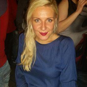 Αννα Κιουτ