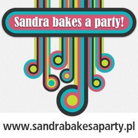 Sandra bakes a party
