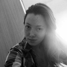 Svetlana Nesmelova-Bond