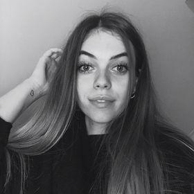 Kamilla Csiki