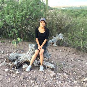 Suzette Castillo