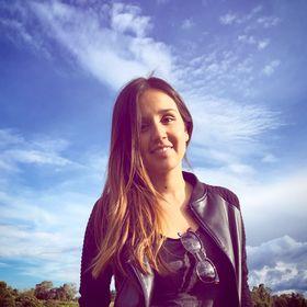 Louise Hoyos