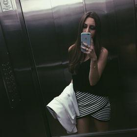 Julia Caroline