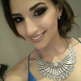 Vitoria Cunha