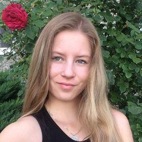 Júlia Falatová