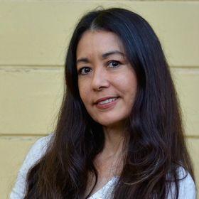 Miiko Mentz   Social Media Marketer, Public Relations Pro, Consultant + Holistic Health Advocate