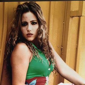 Fernanda Vasconcelos Siqueira Leão