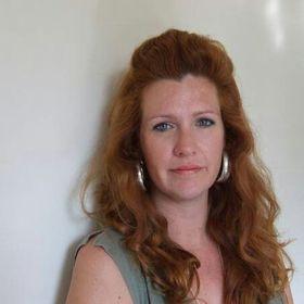 Nikki Crutchley