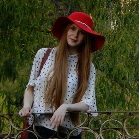 Andreea V