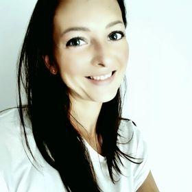 Anna Guzmics-Sákovics