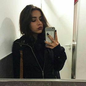 Isa Singer