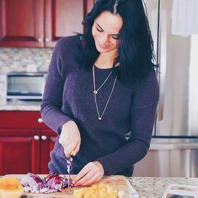 Gina | Running to the Kitchen