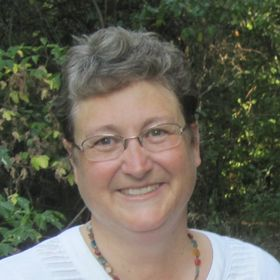 Lois Holt