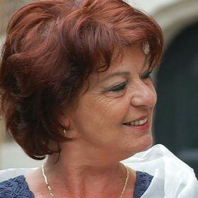 Yvonne Terlien