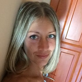 Csilla Bogdán