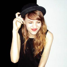 Ester Coelho