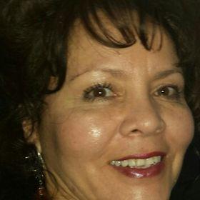 Carolyne Arellano