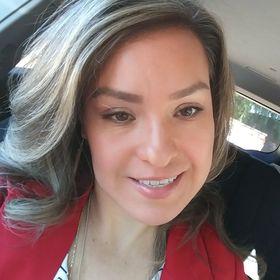 Perla Aguilar