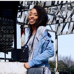 La-Tisha Monique | According To Tish