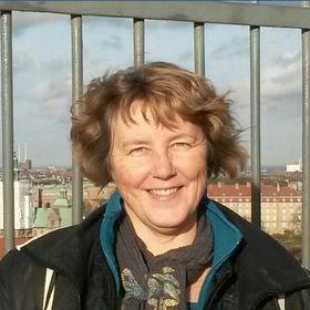 Kirsten Søeballe