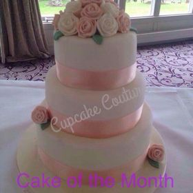 Cupcake Couture,,,,,,,,,,,, Wedding Cakes, birthday cakes, occasion cakes.