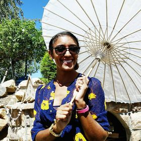 Nicole @ Treasure Tromp | travel & lifestyle blogger