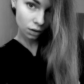 Виктория Кръстева