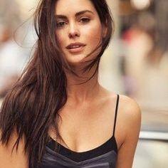 Models Sarra Fashion
