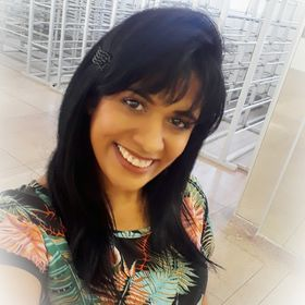 Estilista Janine Braz