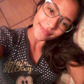 Samanta Oliveira