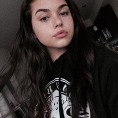 Araceli Daniels Pinterest Profile Picture